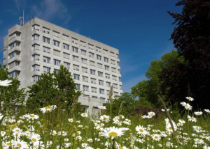 GZO-Spital_im-fruehling_Bild_GZO-1024x681